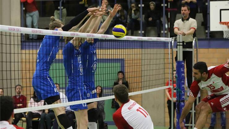 Trotz guten Blocks fanden Jordan Richards, Christoph Hänggi und Leandro Gerber gegen die Lausanne bei der Cup-Finalhauptprobe kein Rezept.