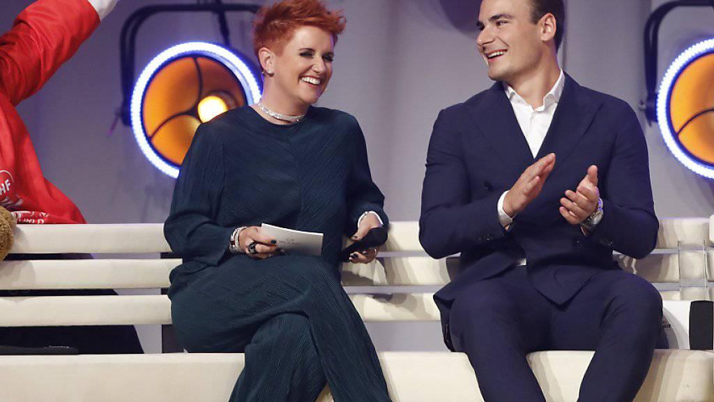 Steffi Buchli (links), hier im Gespräch mit Timo Meier, moderierte den Abend