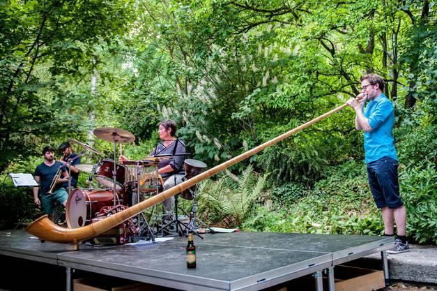 Auch Alphornklänge fanden Eingang in die Musik der Berner