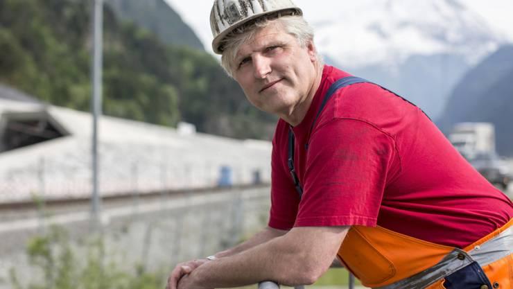 Seit er 16 Jahre alt ist, arbeitet er im Bergbau: Rene Kaufmann, einer der Gotthard-Basistunnel-Mineure, in Erstfeld.