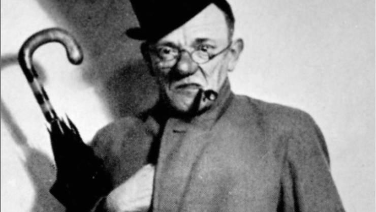 Undatierte Aufnahme von Karl Valentin. Die Erben des Münchner Volkssängers und Komikers haben dem Valentin-Karlstadt-Musäum in München das Archiv aus der Verwaltung seines Nachlasses geschenkt. (Archiv)