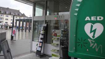 Der Defibrillator beim Kirchplatz wurde im Herbst 2014 montiert. Er war der erste auf öffentlichem Stadtgebiet. Liana Soliman