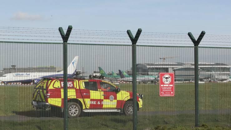 Der Flughafen von Dublin ist wegen eines Drohnenalarms vorübergehend gesperrt worden. (Nial Carson/PA via AP)