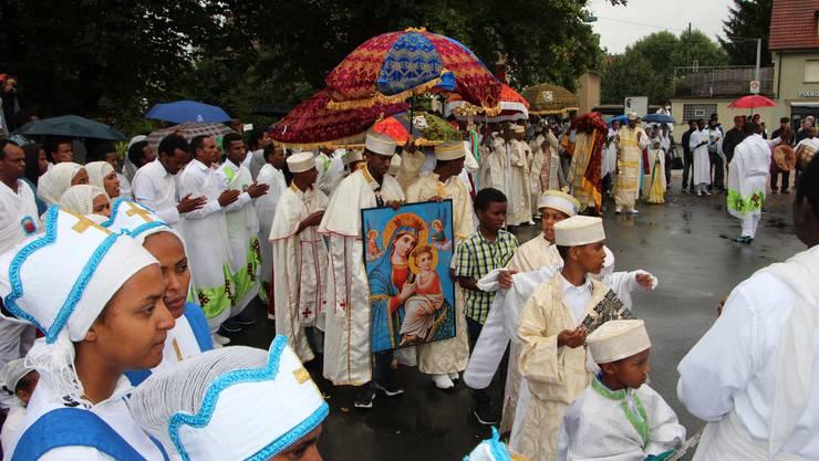 Eritreer feiern in Buchs das Dreifaltigkeitsfest