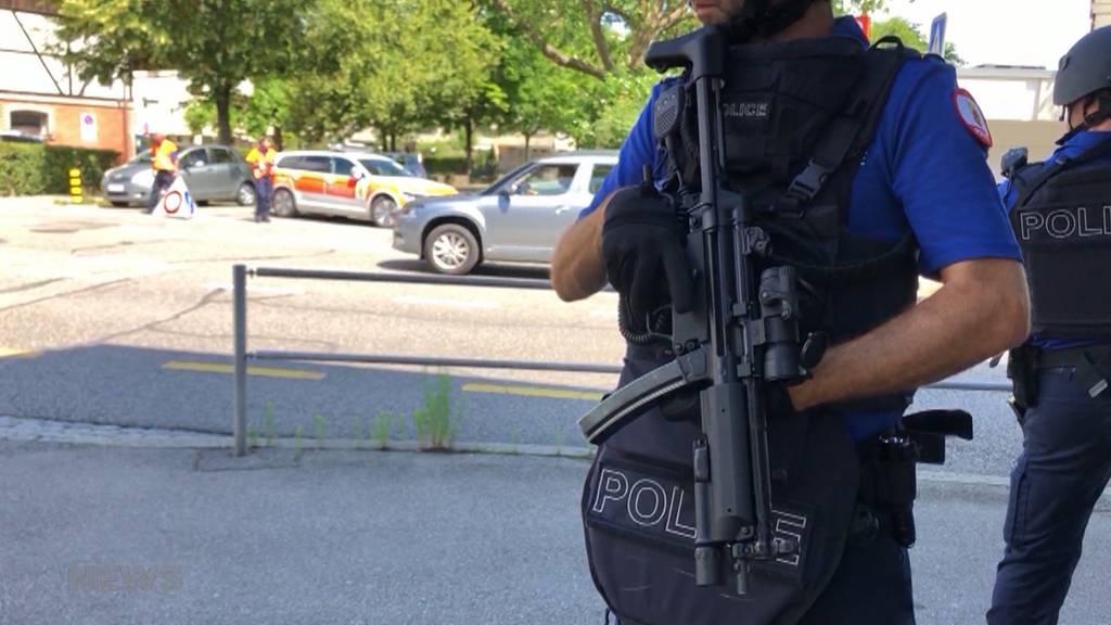 Grosser Polizeieinsatz in Ostermundigen: Quartier wird nach Drohung abgeriegelt