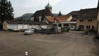 Mit dem Kauf will der Gemeinderat Bad Zurzach verhindern, dass das Fischer-Areal rein profitorientiert genutzt wird