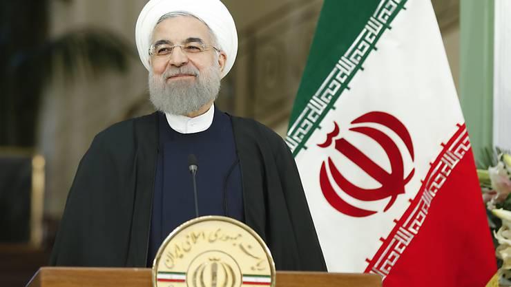 Der iranische Präsident Hassan Ruhani lehnt eine Neuverhandlung des Atomabkommen kategorisch ab. (Archiv)