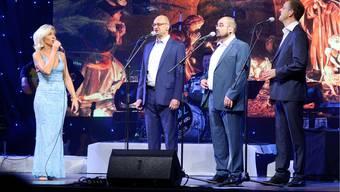 Die Bündner Gruppe Furbaz begann im Parktheater traditionsgemäss ihre Tournee durch die Schweiz.