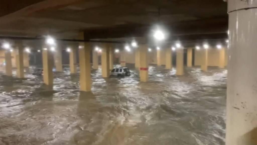 Hurrikan Zeta trifft US-Golfküste
