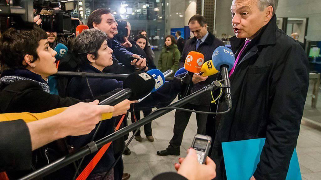 Belgiens Aussenminister Didier Reynders erklärt sich nach dem EU-Treffen zur Wahl Trumps vor den Medien.