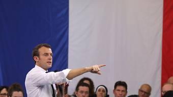 Frankreichs Präsident Emmanuel Macron hat den Dialog über die Ausgestaltung der Sozialpolitik seines Landes mit Bürgermeistern aufgenommen.