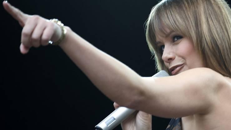 Schlagersängerin Francine Jordi trat schon in der Aescher Löhrenacker-Halle auf.