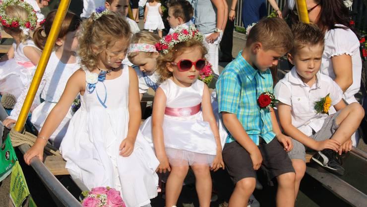 Warten auf den Startschuss zum Jugendfestumzug 2013