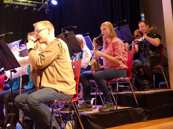 Musikgesellschaft Wegenstetten präsentierte unter Leitung von Bence Tóth ein grossartiges Show-Konzert