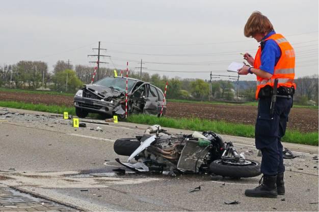 Zwischen Bellach und Selzach wurde ein Motorradfahrer tödlich verletzt.