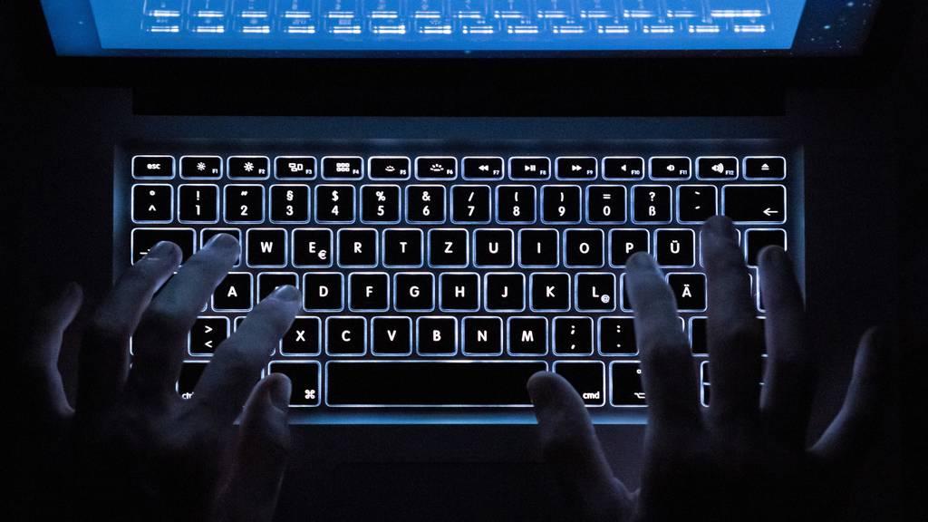 Betroffene SBB-Kunden sollen alle Passwörter wechseln