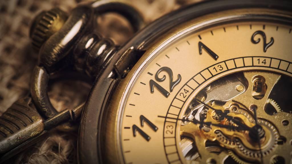 Uhrmacher von Schloss Windsor muss 400 royale Uhren umstellen