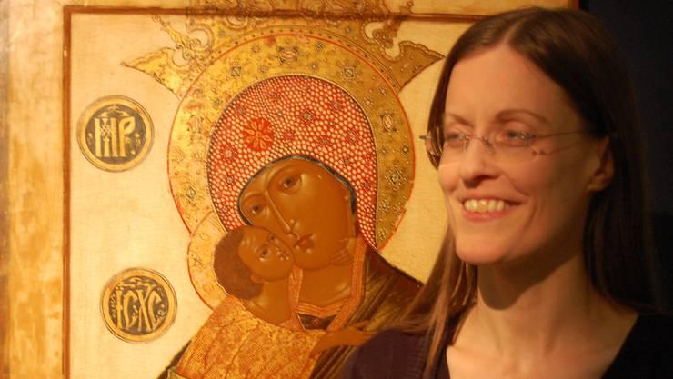 Interims-Museumsleiterin Leonie Meier tritt an der russischen Weihnacht im Museum Burghalde erstmals an die Öffentlichkeit.