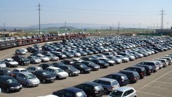 Der Bedarf an Neuwagen ist in der Region sehr hoch – trotz des starken Frankens.  liz