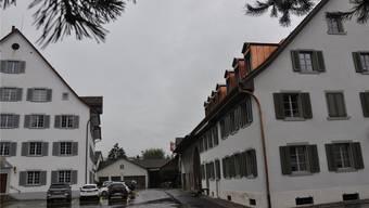 Der historischen Substanz auf dem Kronenplatz – links die Taverne zur Krone, rechts der «Alte Bären» – soll mehr Bedeutung gegeben werden.