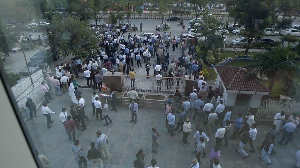 Mindestens 19 Tote und Hunderte Verletzte nach Erdbeben
