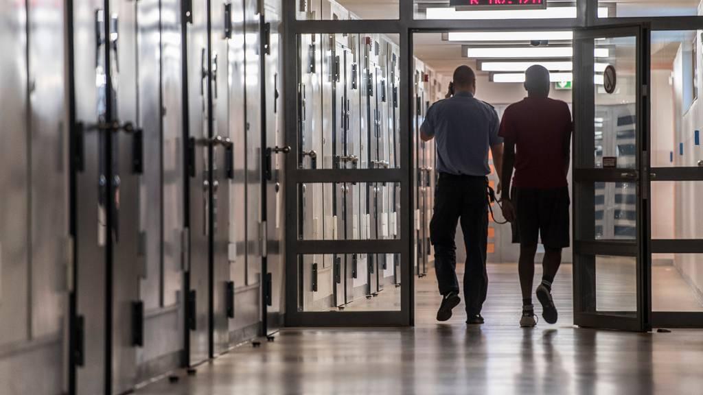 17 Prozent der verurteilten Schweizer und Niedergelassenen werden rückfällig