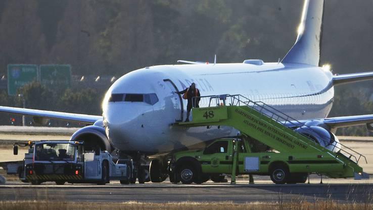Es handelt sich um Maschinen von Delta und Southwest Airlines.