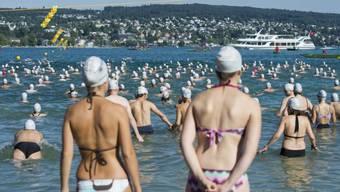 Die 100000. Schwimmerin wird an der Badekappe erkennbar sein. (Symbolbild)