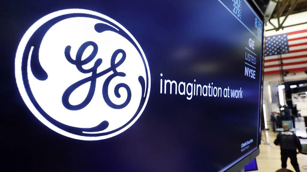 Der US-Mischkonzern General Electric leidet weiterhin unter den Folgen der Coronapandemie und weist für das erste Quartal einen milliardenhohen Verlust aus. Vor allem die Krise in der Luftfahrt belastet.(Archivbild)