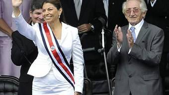 Laura Chinchilla, erste Frau an der Spitze des Landes