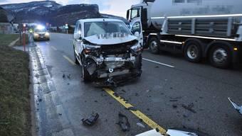 Der Lenker dieses Fahrzeuges blieb unverletzt.