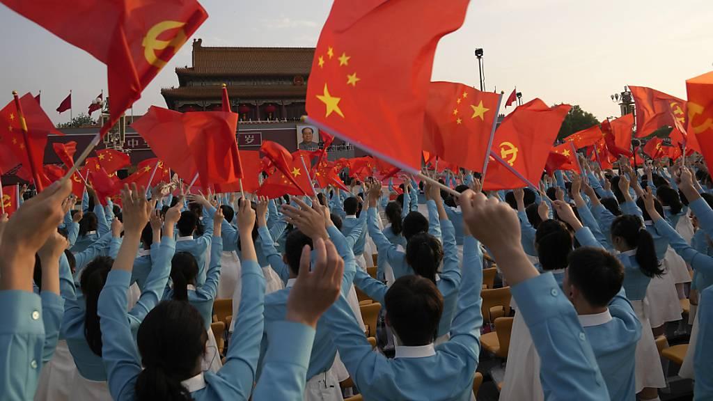Xi Jinping unterstreicht absolute Führungsrolle der KP