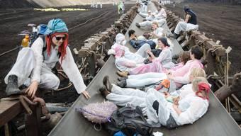 Protestierende im Braunkohlewerk Welzow
