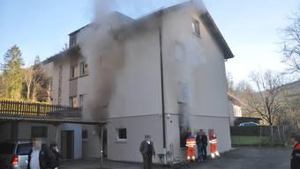 Der Brand entstand in der Küche der untersten Wohnung des Hauses.