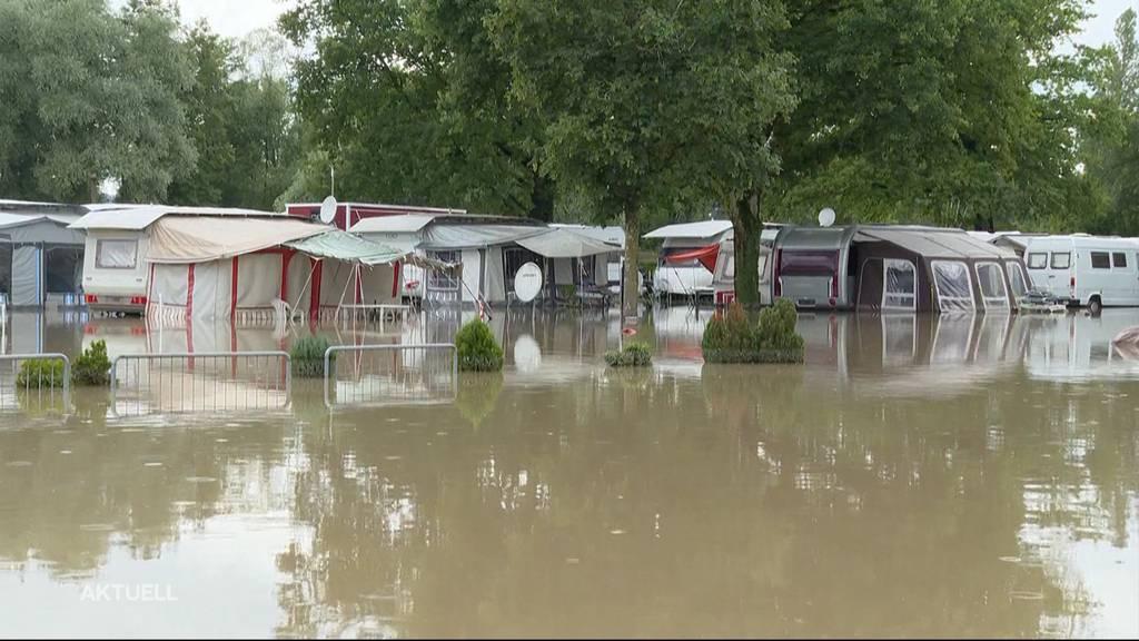 Überflutet: In der Region überschwemmte es Badis und Campingplätze