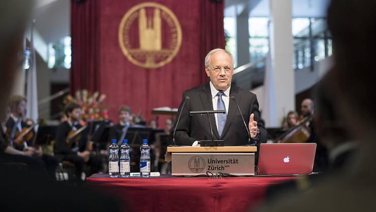 Bundespräsident Johann Schneider-Ammann macht der Universität Zürich am Dies academicus seine Aufwartung.