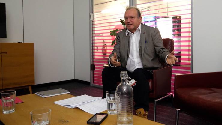 Politikwissenschafter Claude Longchamp im Gespräch mit watson