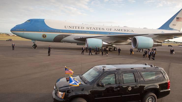 US-Präsident Donald Trump will einem neuen amerikanischen Präsidentenflugzeug einen anderen Anstrich geben.