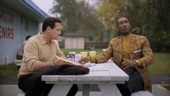 Aussergewöhnlicher Roadtrip in den 60er-Jahren: Tony Lip (Viggo Mortensen) und Don Shirley (Mahershala Ali) im Film «Green Book». Beide Darsteller sind für einen Oscar nominiert.