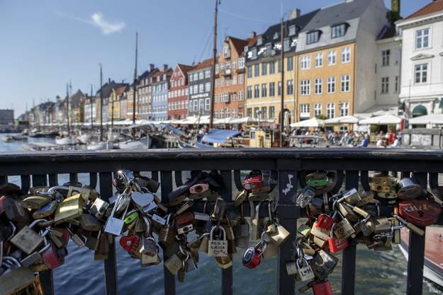 Eine Brücke im alten Hafen von Kopenhagen.