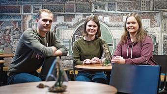 Vizepräsident Silvan Andraschko sowie Jana Zimmermann und Sofia Meszaros vom Märli-Team begründen die Absage.