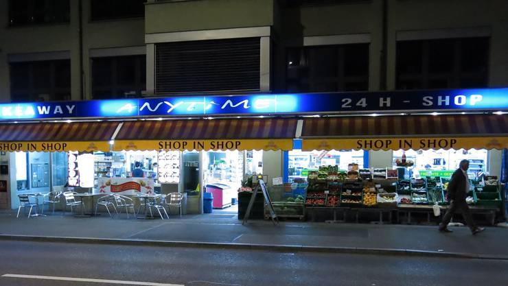 24-Stunden-Shops wie diesen an der Langstrasse gibt es zuhauf.