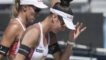 Die Schweizer Beachvolleyballerinnen Joana Heidrich (vorne)und Anouk Vergé-Dépré beenden die World Tour Finals in Rom im 4. Rang