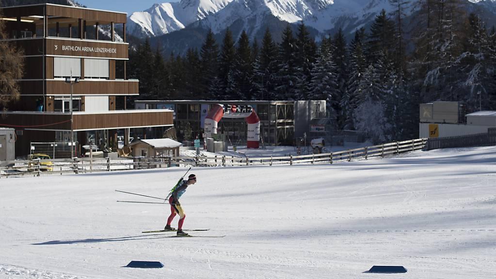 Die Biathlon-Arena auf der Lenzerheide soll auch im Sommer zu einem Trainingszentrum mit europaweiter Ausstrahlung werden. (Archivbild)