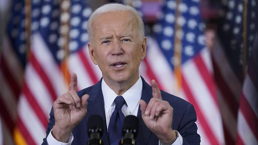 US-Präsident Joe Biden hält eine Rede über Infrastrukturausgaben. Foto: Evan Vucci/AP/dpa