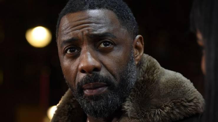 Schauspieler Idris Elba blickt angesichts des rasanten technischen Fortschritts mit Sorge auf die Zukunft der Menschheit. (Archiv)