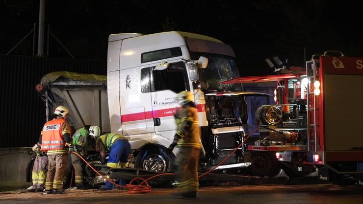 Der verunfallte Lastwagen auf der A1.