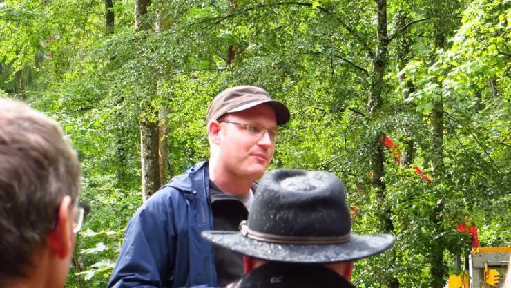 Markus Eichenberger, Revierförster, bei seinem Vortrag Waldpflege