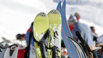 Die Lehrerin hatte im Skilager intimen Kontakt mit dem 17-Jährigen. (Symbolbild)