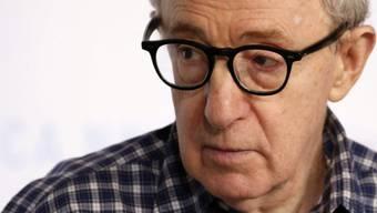 Der Tod verdirbt ihm fast das Leben: Woody Allen würde viel lieber in seinem Apartment bleiben als in den Himmel umzuziehen (Archiv).
